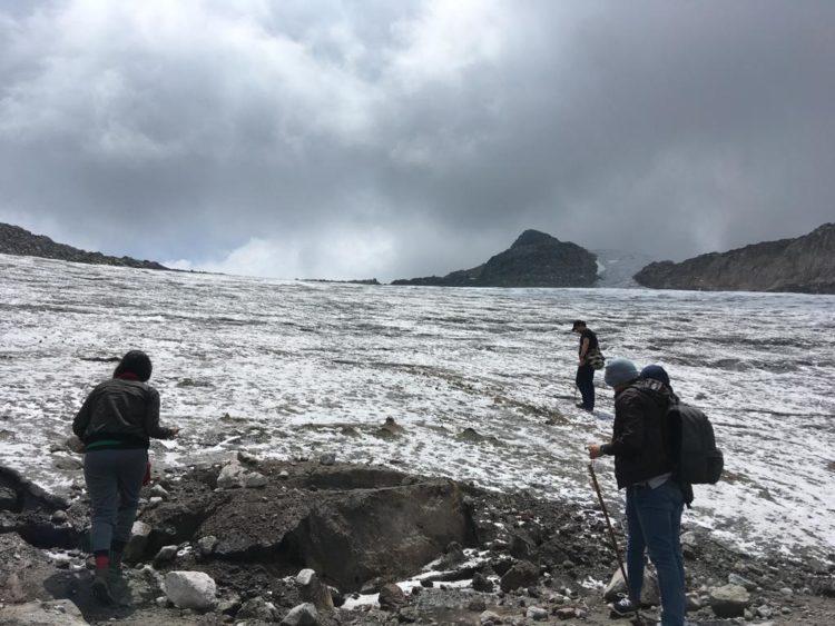 Santa Isabel snowy trekking