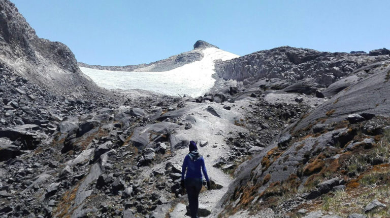 Ascenso Flota de vehículos vista Nevado Santa Isabel