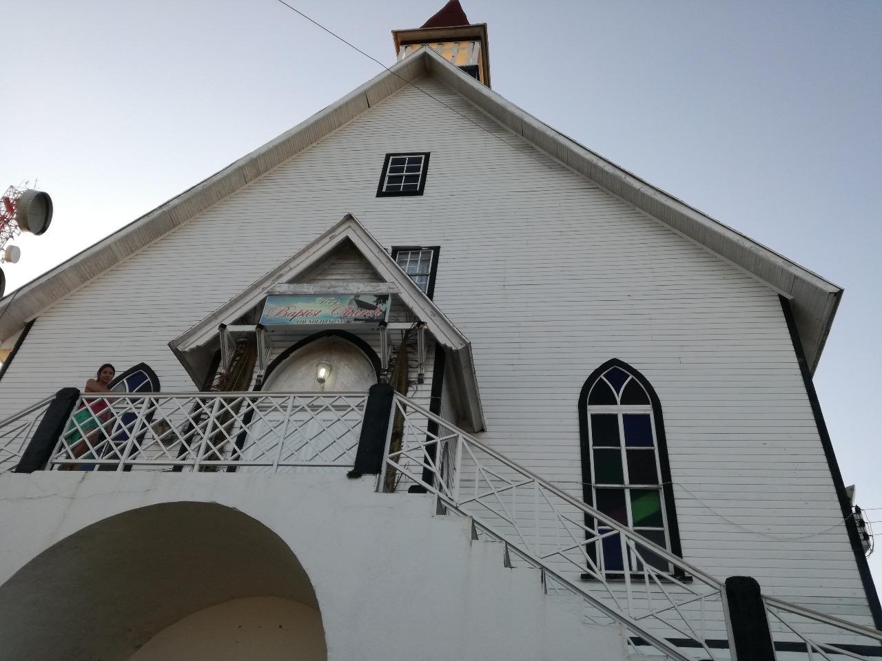 Iglesia Bautista - ColombiaTours.Travel - Blog - Cultura - San Andrés Islas