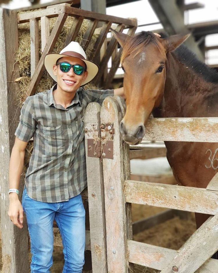Mario Martinez Travel Agent ColombiaTours.Travel Colombia