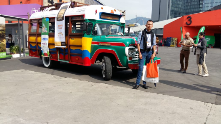 Luis Avilez - Travel Agent - Colombia Viajes - ColombiaTours.Travel