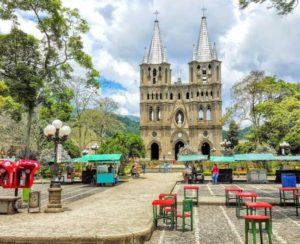 Pueblos Patrimonio Antioquia-Plaza Central El Jardín